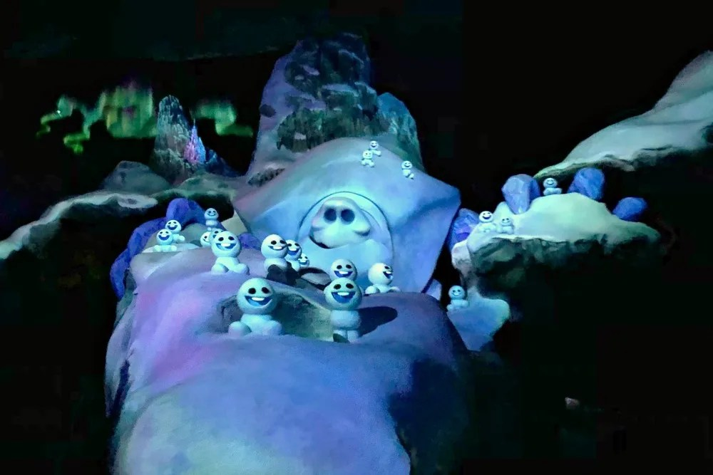 Frozen Ever After Disney World - Marshmallow and Snowgies
