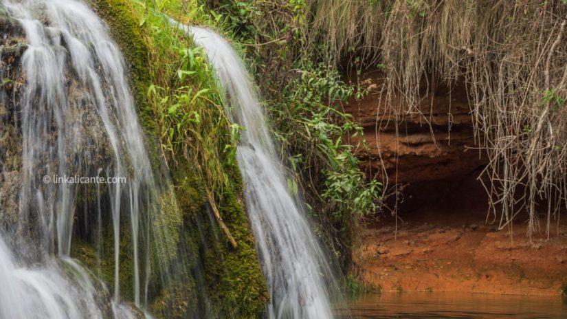 Vinalopo source hiking trail font de la coveta