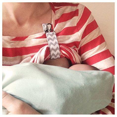 Hands free nursing clip. Breastfeeding tips and hacks for moms