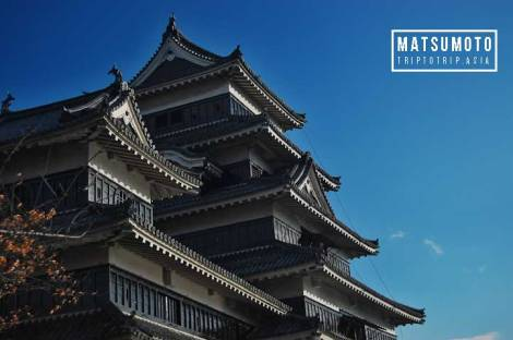 matsumoto-castle-from-side