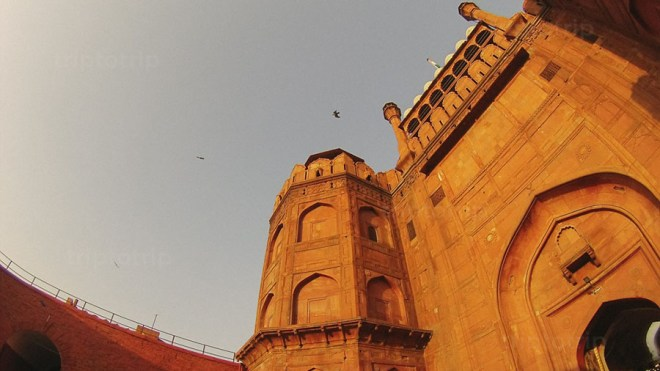 Lahore Gate in Red Fort by Febry Fawzi