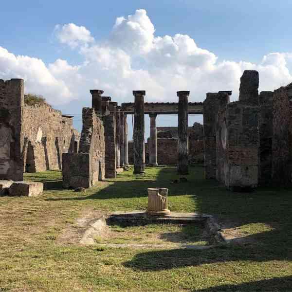 Pompeya ruinas Nápoles Italia