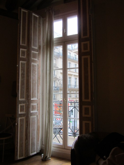 Parisian Apartment ©TripwithBrit