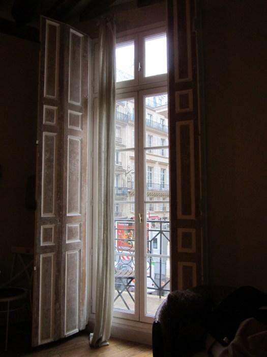 Parisian Apartment ©TripwithBrit