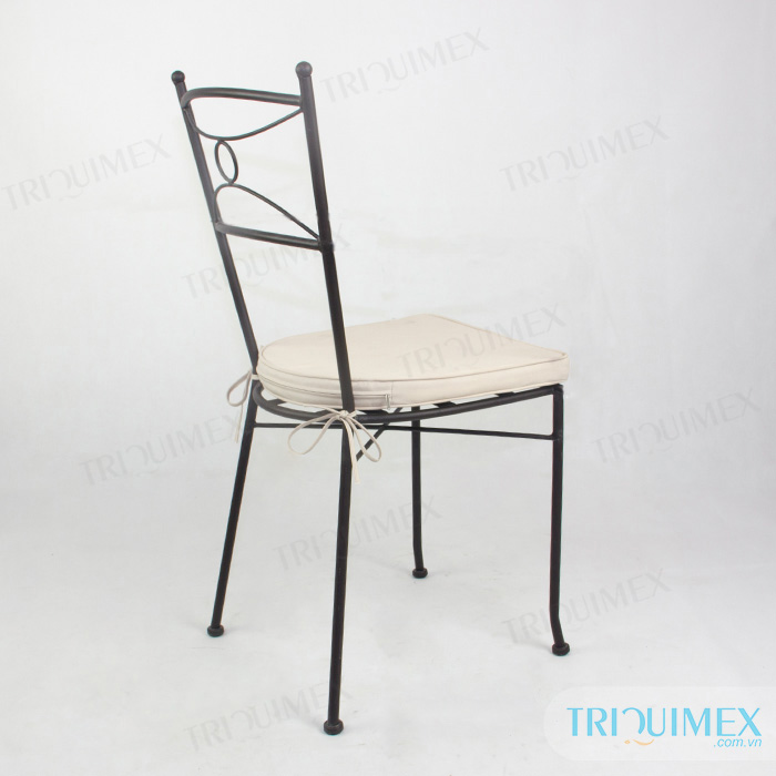 wrought-iron-stackable-dining-chair-with-cushion (3)