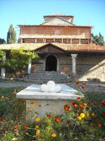 Jedna od najstarijih ohridskih crkvi (u obnovi)