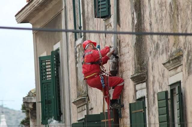 HGSS uređuje pročelja u gradskoj jeszgri Šibenika (Foto H. Pavić) (6)