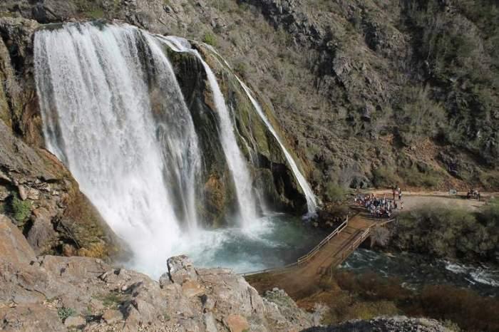 Slap Krčić koji HEP namjerava uništiti gradnjom hidrelektrane (Foto: H. Pavić)