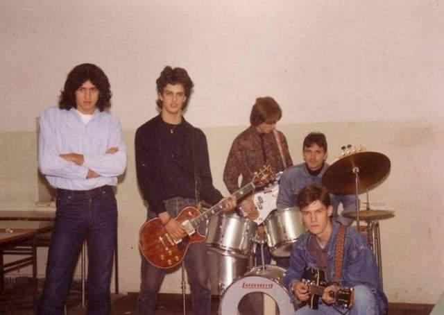 The Strings od prije dvadesetak godina: Miro Odak, Jurica Rajčić, Krešimir Šakić, Vojo Marković i Mirko Pulić (Foto: Sibenik.in)