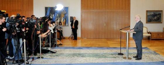 Dr. Josipović o (ne)špijuniranju S. Linića (foto Ured predsjednika)