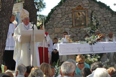 Šibenski Biskup Ante Ivas: 'Od zaglušujuće i izluđujuće buke ne možemo više živjeti u svojim kućama ni moliti u katedralama'