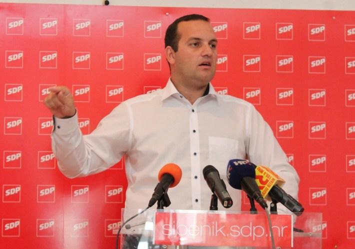 Ivan Klarin na konferenciji za novinare SDP-a (Foto H. Pavić) (4)