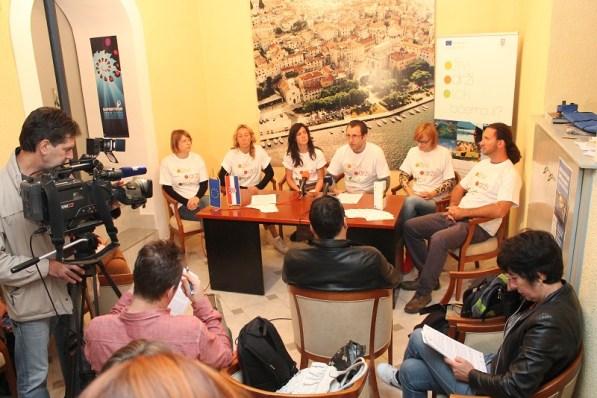 Argonauta - konferencija za novinare u Press centru HND-a u Šibeniku (Foto: H. Pavić)