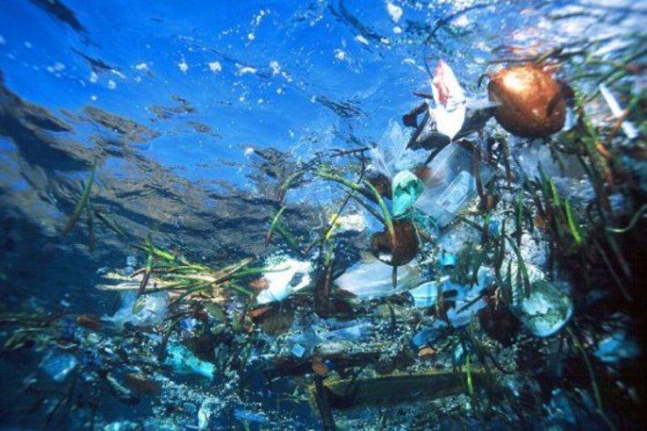 1-plastika-u-oceanima