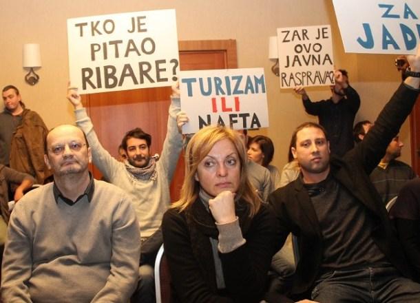 S javnog predstavljanja tzv. Stručne studije o bušenju Jadrana u Zagrebu (foto TRIS/H.Pavić)