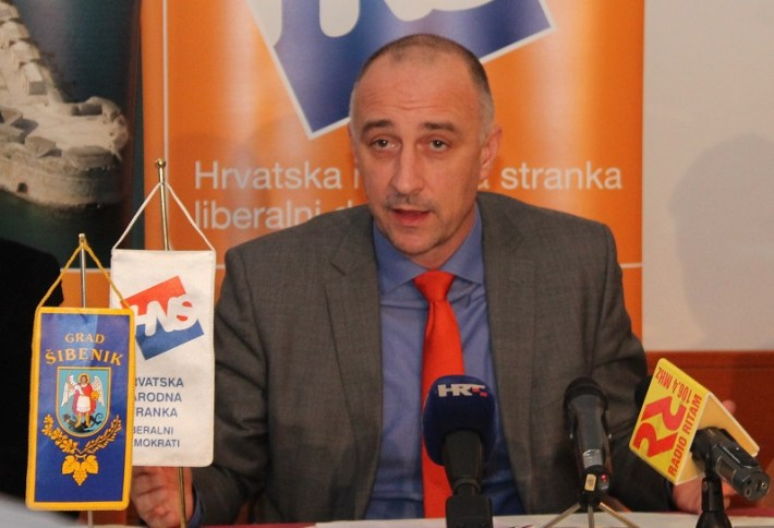 Ivan Vrdoljak na konferenciji za novinare HNS-a u Šibeniku (Foto H. Pavić) (5)