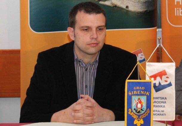 Petar Mišura na konferenciji za novinare HNS-a (Foto H. Pavić) (2)