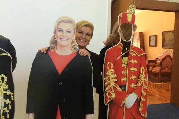 Kolinda Grabar Kitarović - kartonska silueta (1)