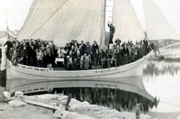 Motorni jedrenjak Sofija i Iški pobunjenici