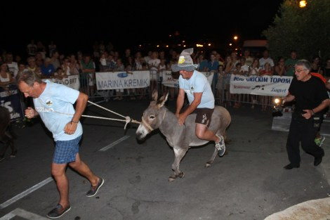 10. međunarodna trka tovarov - 10. međunarodna utrka magaraca (23)