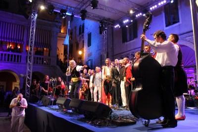 Dalmatinska šansona Šibenik: U znaku Arsena i Led Zeppelina
