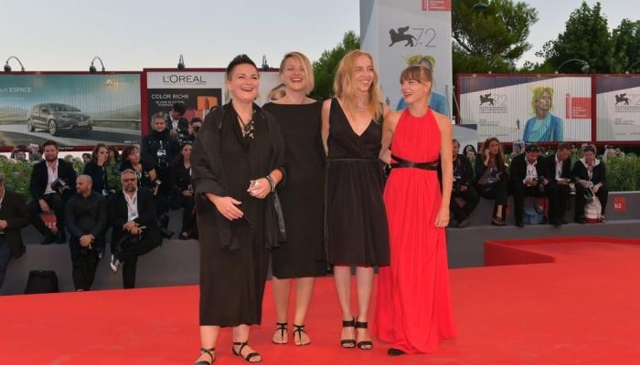 Filmska ekipa u Veneciji, iz koje se vratila s prvom nagradom Mostre