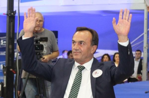 Digao ruke od vođenja stranke  (Foto: H. Pavić)