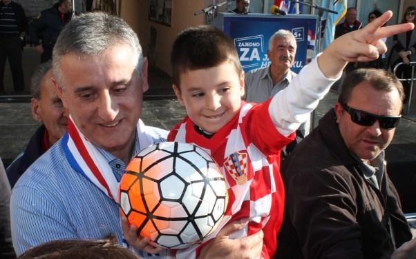 Djeca u kampanji (Foto: Tris/H. Pavić)