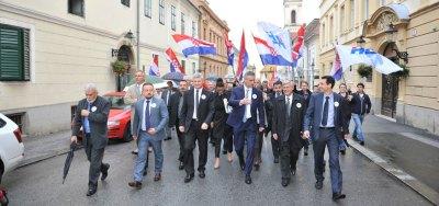 Bilo je napeto do samog kraja - i HDZ-ova koalicija predala liste (Foto HDZ)