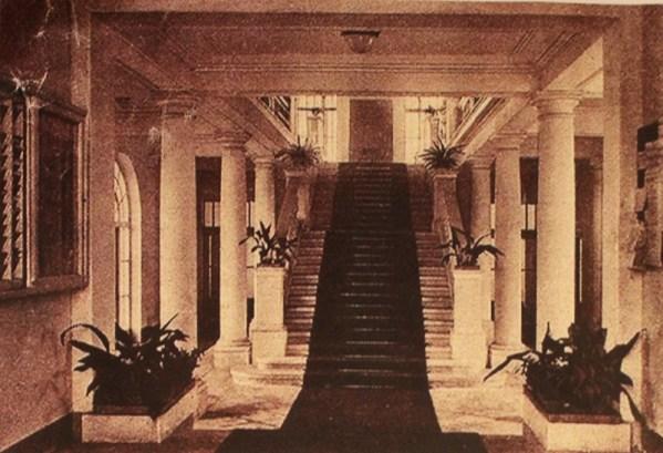 Kupari - stubište hotela s početka 20. stoljeća