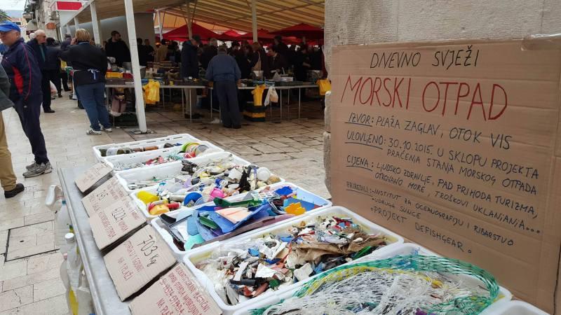 Jedemo plastično smeće iz mora: Na splitskoj ribarnici 245 šprica sa sto metara viške plaže
