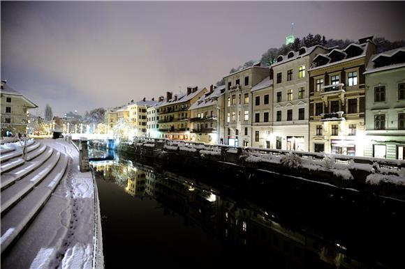 Arhivska fotografija Ljubljane pod snijegom  (Hina)