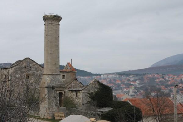 Posljednji od pet drniških minareta (Foto: Tris/H. Pavić)