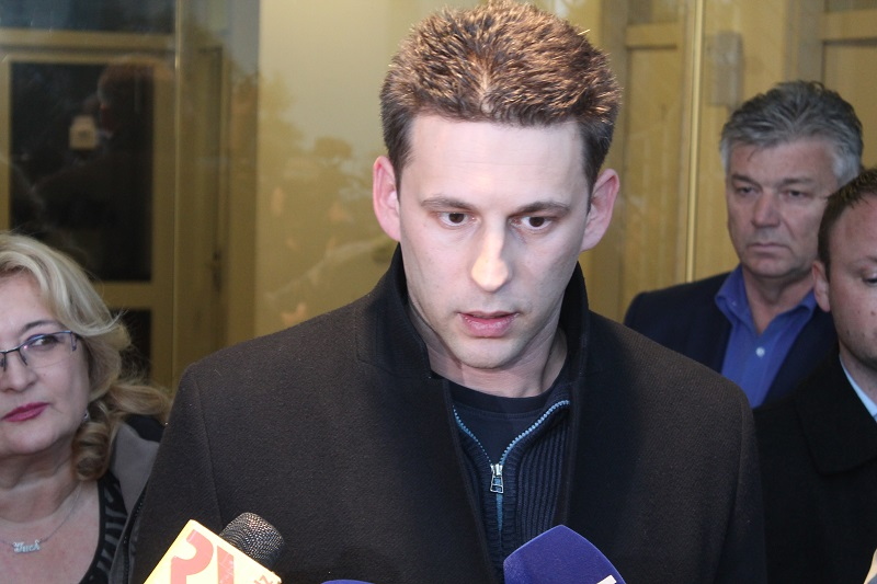 Petrov: Glasovat ćemo za Karamarkov opoziv