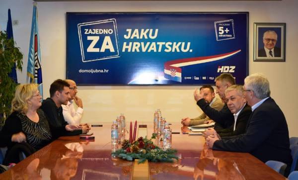 Sastan u sjedištu HDZ-a u Šibeniku (Foto ŠibenikIn)