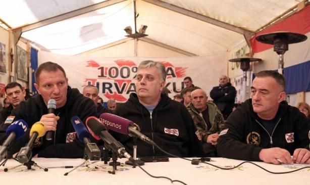 Izvanredna tiskovna konferencija branitelja u Savskoj 66