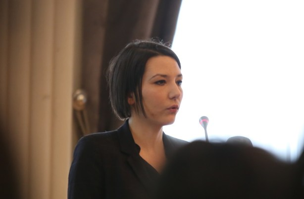 Andrea Milat na tribini 'U obrani slobode govora' (Foto H. Pavić)