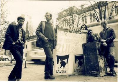Povratak u devedesetu: Galerija ESCE, Pajino jato i Zli bubnjari