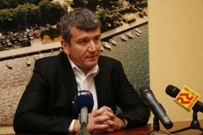 Petar Baranović: Ministre Tolušiću obucite radne cipele i obiđite zaleđe županije!