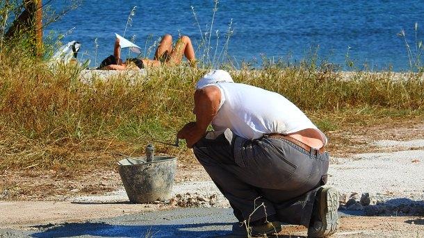 Neko se sunča betonirajući, netko ležeći (foto TRIS/G. Šimac)