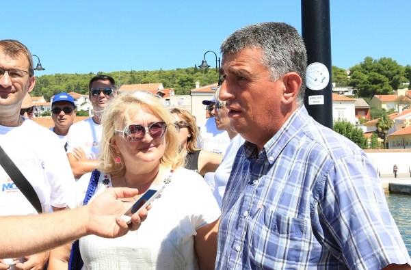 Ines Strenja Linić i Miro Bulj na mostu (Foto: Tris/H. Pavić)
