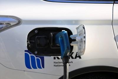 Ekološki svjesni se voze na struju – novi električni automobili i punionica na Krki