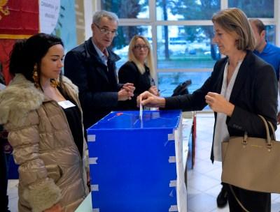 Crna Gora na izborima: Izražava se i stav prema NATO-u