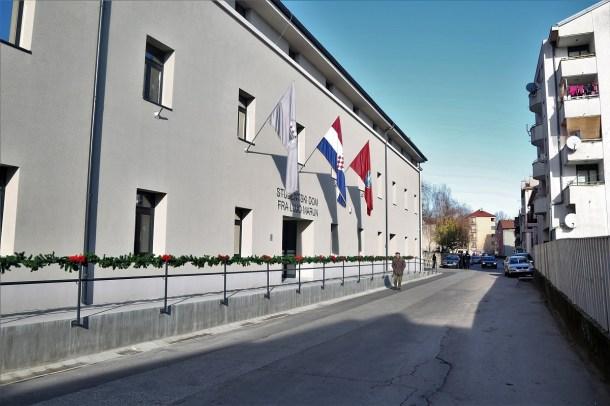 Studenstki dom u Kninu (Foto: Tris/H. Pavić)