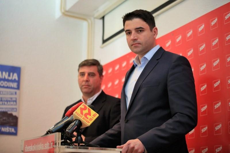 Franko Vidović i Davor Bernardić (Foto: Tris/H. Pavić)