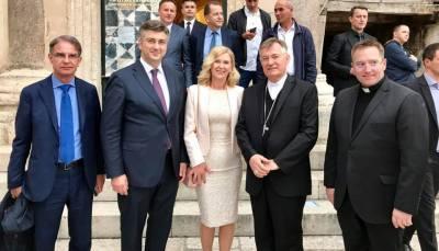 Plenković i crkvenjaci u Splitu  (foto Facebook)