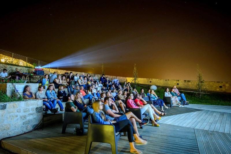 Ljetno kino pod zvijezdama na šibenskoj tvrđavi – filmski program Srijedom po svijetu!