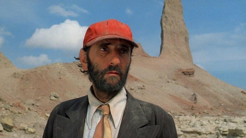 Harry Dean Stanton u sceni filma 'Paris, Texas'