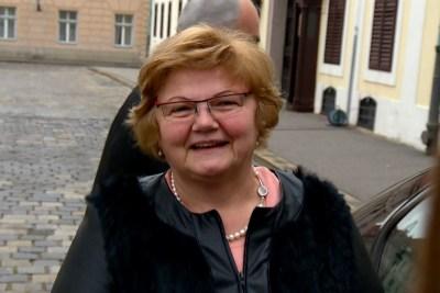 Supruga požeškog župana povukla optužbe za zlostavljanje: Ministrica Murganić je na sramotu žena i Vlade!