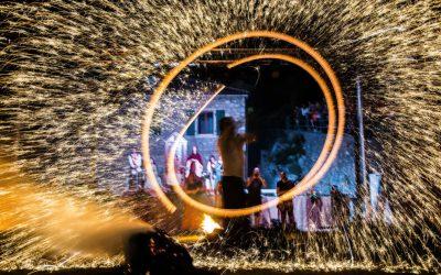 Zvonimirovi dani u Kninu: Dječja alka, noćne borbe, srednjovjekovni gulaš, vatromet, Kries, Giuliano…